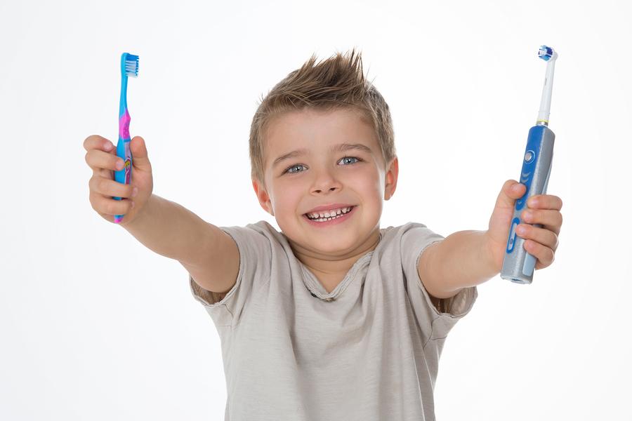 Brosse à dents électrique Vs Brosse à dents manuelle ?